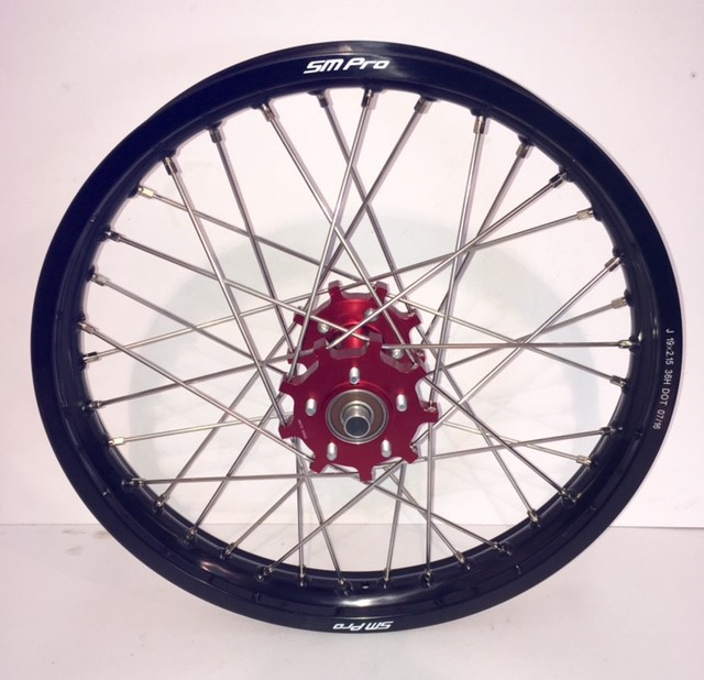 smpro-rear-wheel-red-hub-black-rim