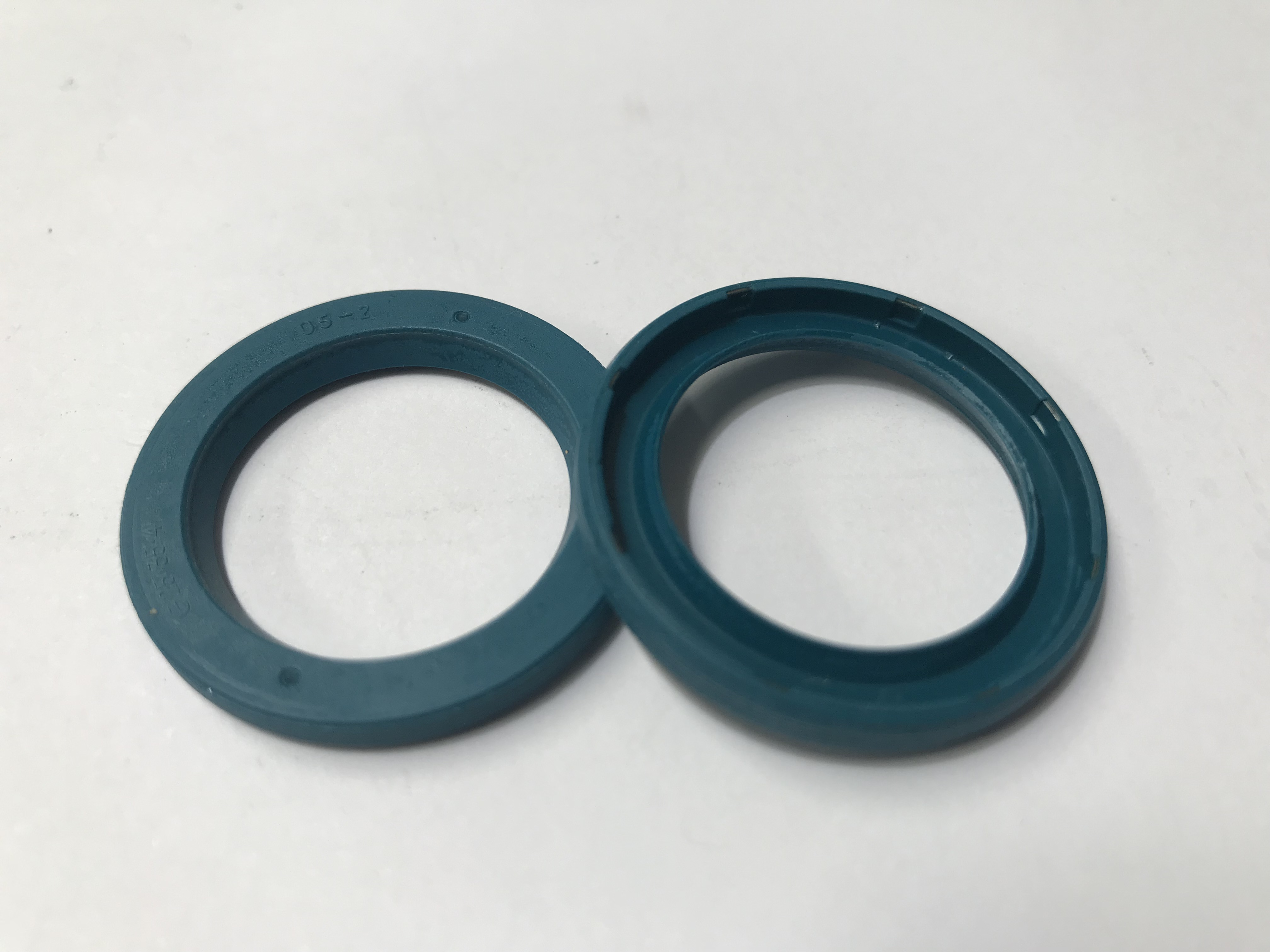 Oil Seal 25x35x4 TIMING SIDE