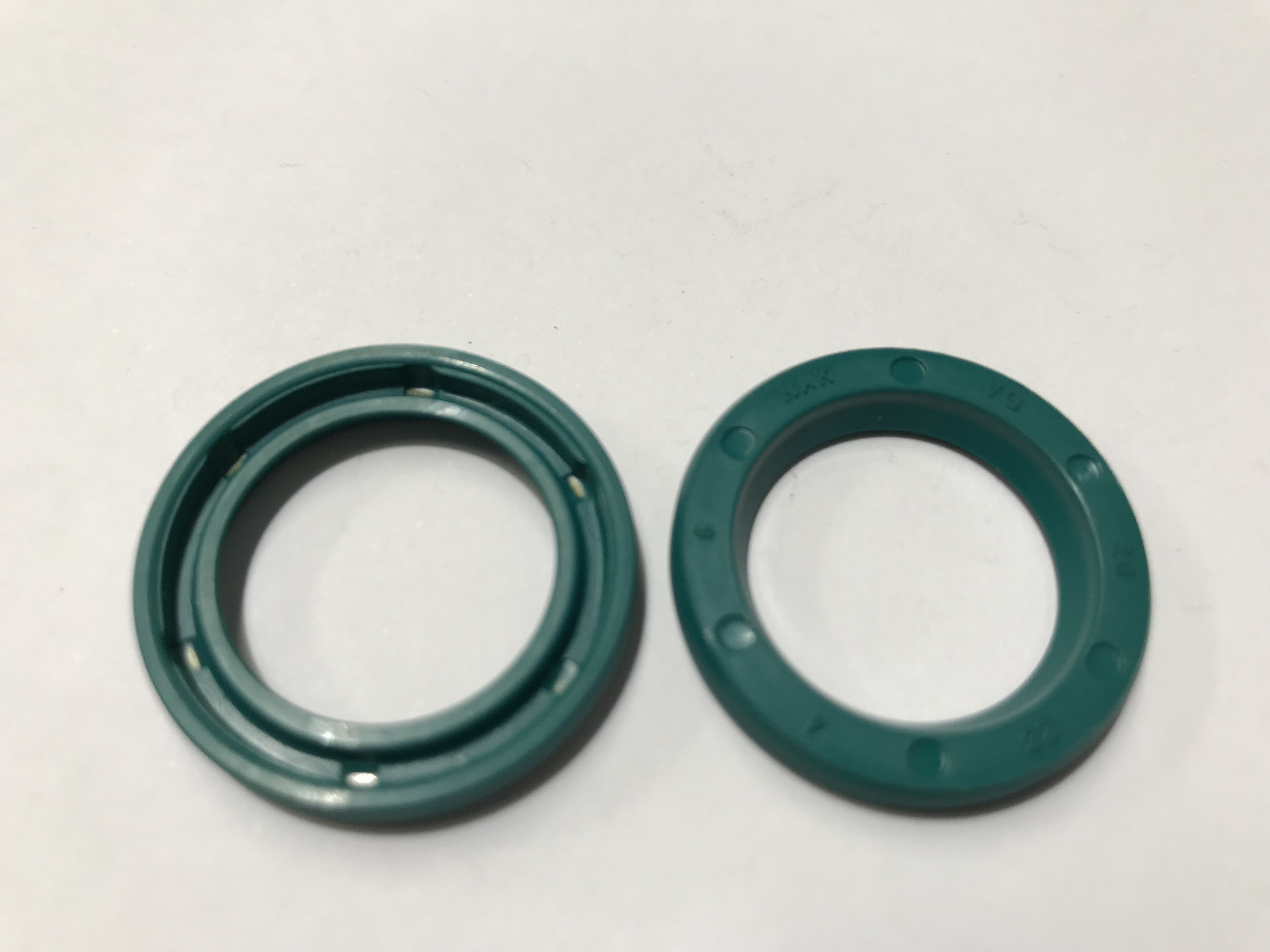 shaft-seal-g-20x28x4